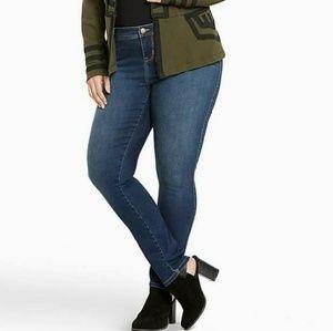 Torrid Luxe Skinny Jeans Plus Size 30